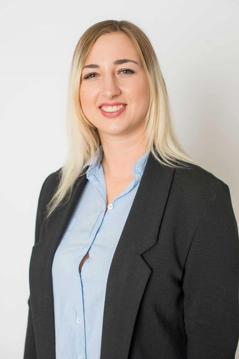 Alisha Hildebrandt - fair Finanzpartner Axa Bremen